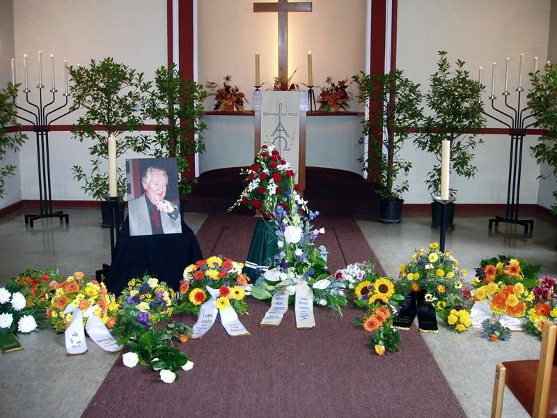 John Candy Beerdigung
